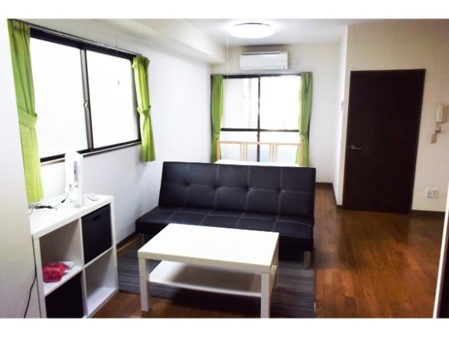 ZEF01 Livingroom5